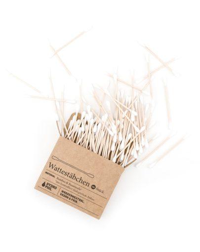 bastoncillos para los oídos de algodón y bambú
