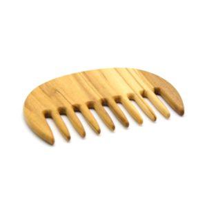 Peine de madera de púas anchas detalle