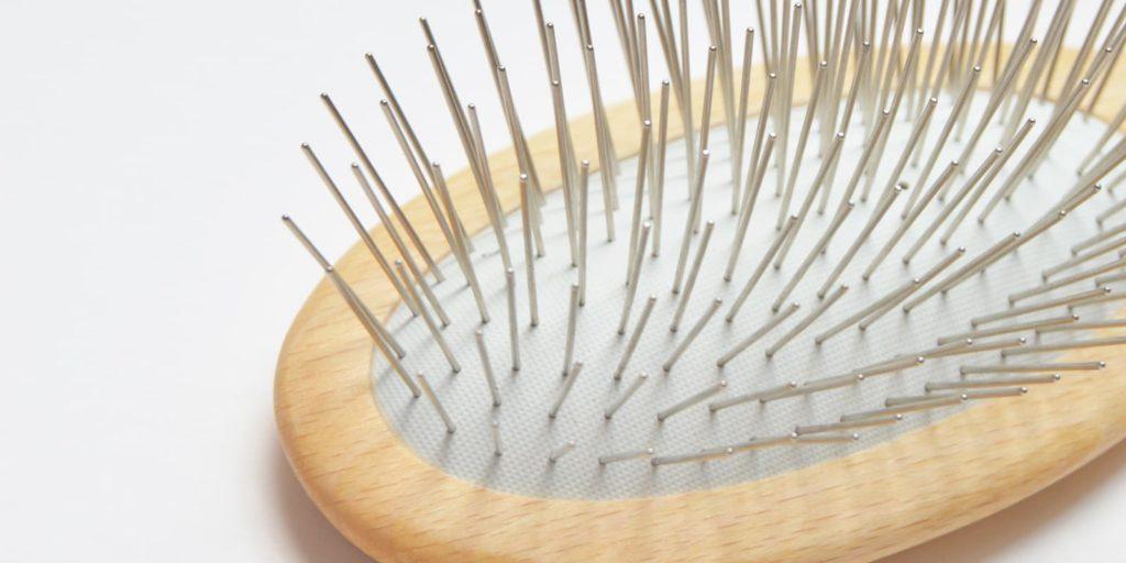 Cepillo de puntas metálicas detalle
